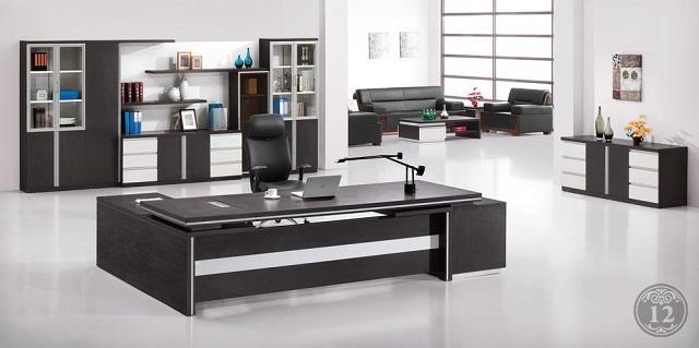 Нужен ли шкаф в кабинет руководителя - ответь на этот вопрос покупкой мебели в Новосибирске