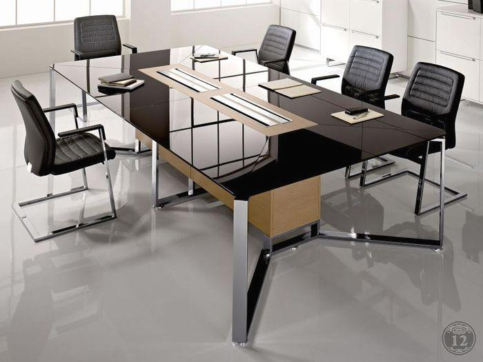 Стильные стеклянные офисные столы задают тон для остальной мебели - купить в Новосибирске