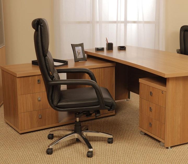 Набор мебели для руководителя Vasanta 3 предмета