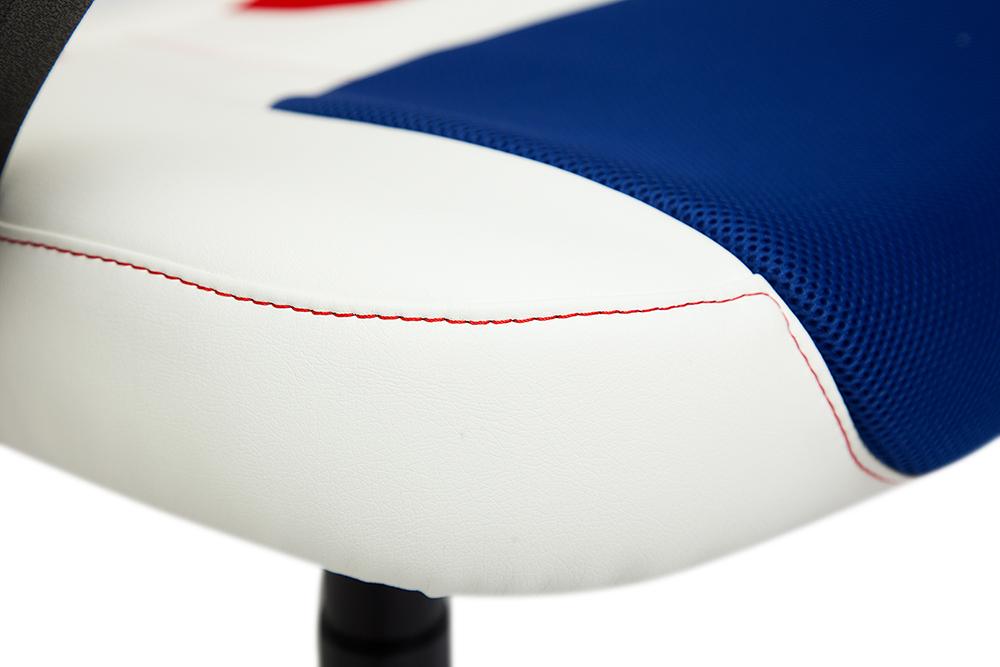 Кресло RUNNER в новом цвете белый-синий-красный уже на складе в Новосибирске!