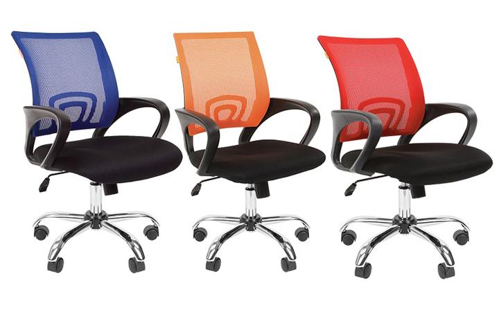 Операторское кресло CHAIRMAN 696 CHROME в эффектном премиальном исполнении!