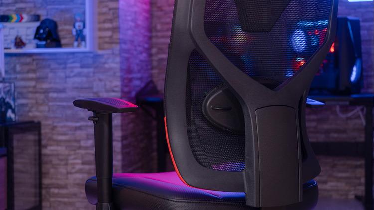 Гаджет лета AeroCool Guardian - эргономичное игровое кресло и для работы